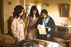 """TIMELESS -- """"The Day Reagan Was Shot"""" Episode 208 -- Pictured: (l-r) Abigail Spencer as Lucy Preston, Claudia Doumit as Jiya, Karen David as Young Denise Christopher -- (Photo by: Ron Batzdorff/NBC)"""